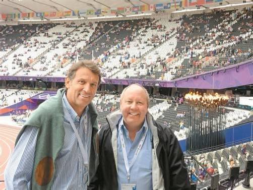 Werner Deuring und Markus Sagmeister waren vom Olympiastadion in London beeindruckt. Foto: dünser