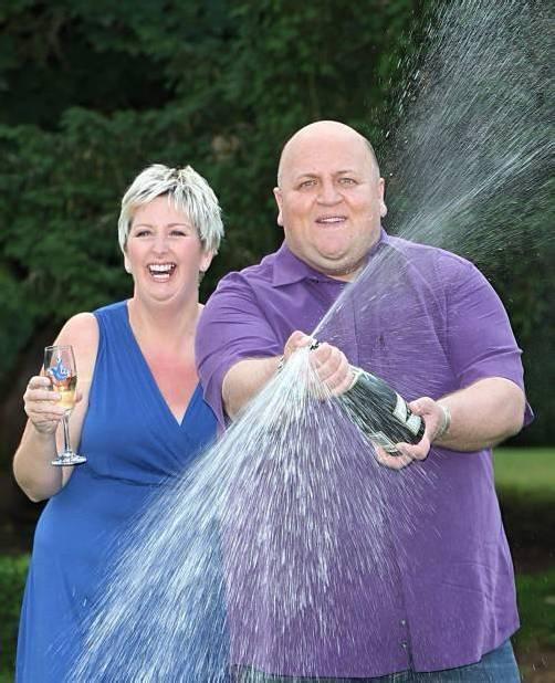 Wollen mit dem Geld auch Gutes tun: Gillian und Adrian Bayford.