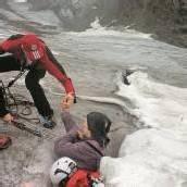 Gletscherspalte Sieben Tage im Eis überlebt /D10