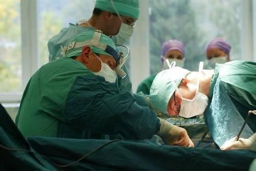Ab Juli 2013 kommt die Gehaltsreform für die Spitalsbediensteten – laut den Spitalsärzten sind aber noch nicht alle Fragen geklärt. Foto: Hofmeister