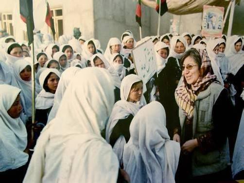 Aus Afghanistan, einem der instabilsten Länder der Welt, wird dieses Jahr die Menschenrechtlerin Sima Samar ausgezeichnet.