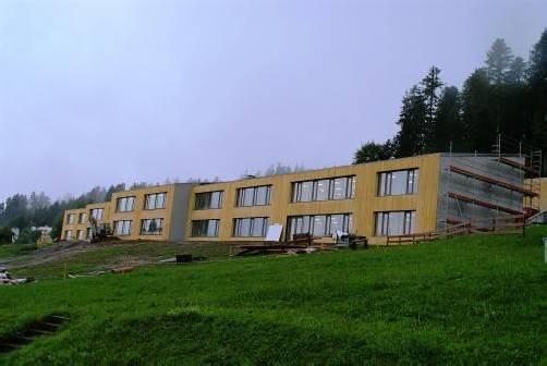 Binnen eineinhalb Jahren erfuhr die Mittelschule Doren eine Komplettsanierung. Foto: ak