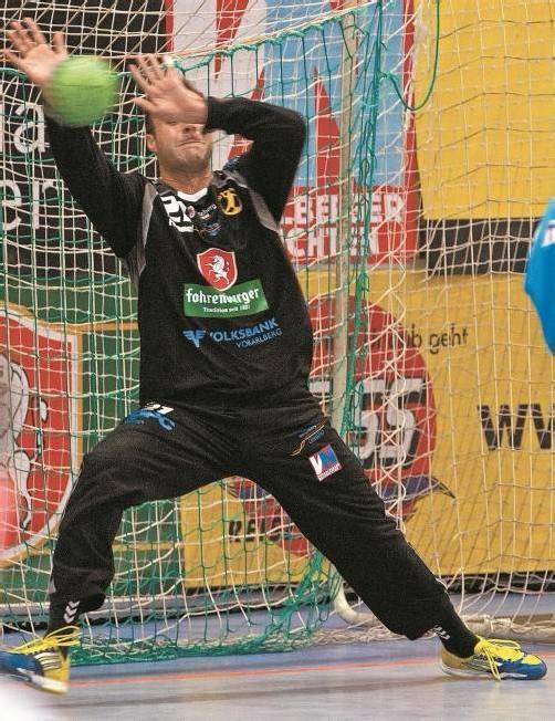 Bregenz-Torhüter Goran Aleksic erhielt in den bisherigen drei Heimpartien nie mehr als 24 Gegentore pro Spiel. Foto: shourot