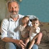 Was Kinder dringend brauchen Georg Sporschill zum Weltkindertag /A8