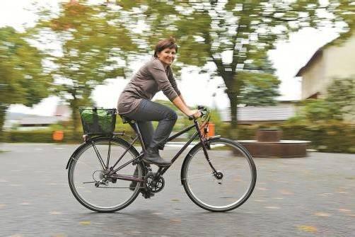 Das Fahrrad ist ein nicht wegzudenkender Bestandteil in Gabriele Königbaurs Leben. Foto: VN/Steurer