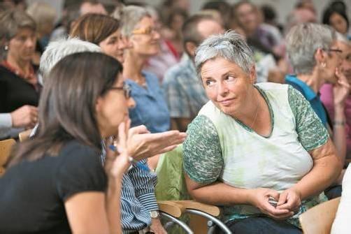 Das Herbstsymposium besuchten 130 Priester und Laien. Frauen waren klar in der Überzahl. Foto: Katholische Kirche/Ionian