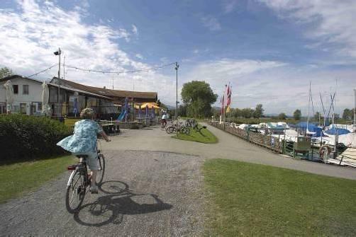 Der Salzmann-Hafen ist auch bei durchwachsenem Wetter ein beliebtes Ausflugsziel. Foto: vn/paulitsch