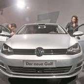 Der Golf 7 von VW ist länger, breiter, leichter