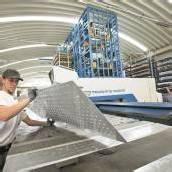 Metaller-Gewerkschaft will 5 Prozent mehr Lohn