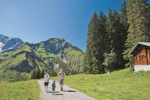 Die Monate September und Oktober sind aus touristischer Sicht besonders bei Berggehern und -steigern sehr beliebt. Foto: Ludwig BErchtold