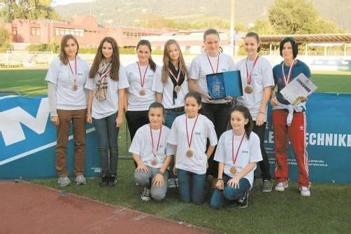 Die siegreichen Handballerinnen des BG Lustenau. Fotos: stemer