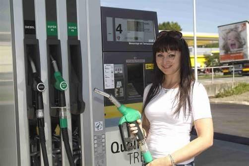 E10 kommt nun doch nicht: Der Umweltminister sagt die Biosprit-Einführung ab. Foto: VN/Paulitsch