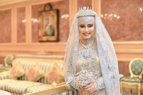 Eine Märchenhochzeit wie aus 1001 Nacht feierte gestern die Tochter des Sultans von Brunei, Prinzessin Hajah Hafizah Sururul Bolkiah. Reuters