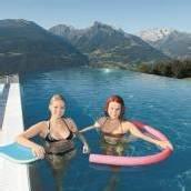 Neuer Sky-Pool bietet Ausblick auf die Bergwelt