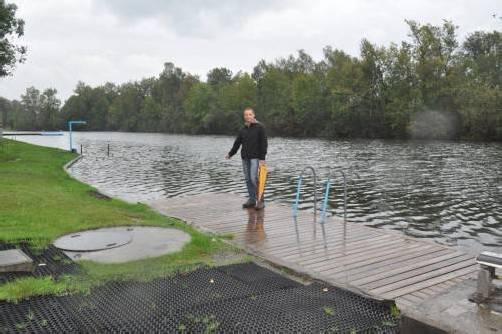 Freut sich auf die Rutsche: Geschäftsführer Ewald Petritsch. Foto: hbr