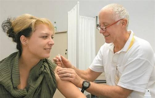 Grippeschutz: Unter Rauch-Kallat wurde ein Vorvertrag für 16 Millionen Impfdosen abgeschlossen. Stöger kann das nicht verstehen. Foto: DAPD