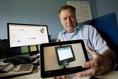 Herbert Petersen bietet frei verfügbare Software-Lösungen an. Fotos: klaus hartinger