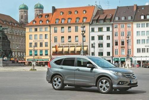 Honda CR-V, vierte Generation: nicht größer, aber sparsamer und geräumiger. Fotos: werk
