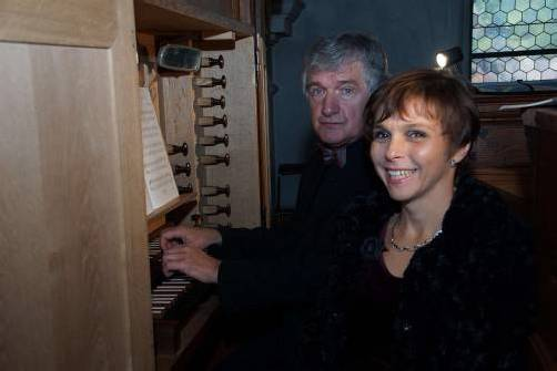 Julian Gembalski und Elzbieta Grodzka-Lopuszynska in Bludesch. Foto: HH