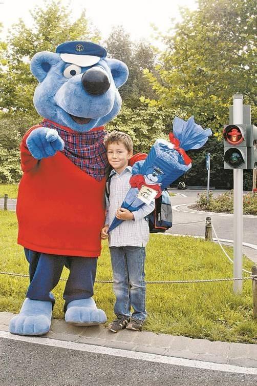 Käpt'n Blaubär kümmert sich persönlich um die Kinder. Foto: Spieleland