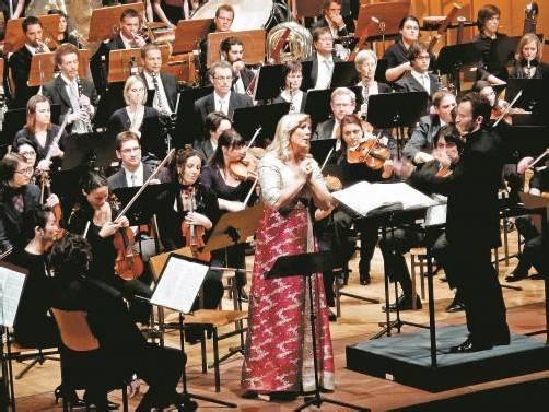 Kirill Petrenko wird trotz seiner enormen Verpflichtungen wieder am Pult des Symphonieorchesters Vorarlberg stehen. Foto: JU