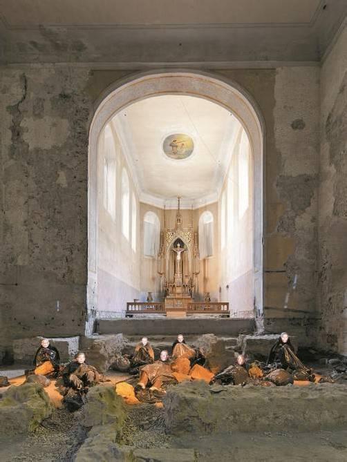 """Mit """"Homeless"""" wird die Johanniterkirche zum Ort packender Bilder. Foto: Kunz"""