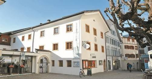 Schrunser Heimatmuseum mit Nebengebäude, das der Stand Montafon höchstwahrscheinlich verkaufen wird. FotoS: Marent, Marte.Marte