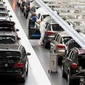Autobranche steht vor steinigem Weg