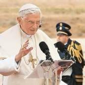 Papst präsentiert sich als Pilger des Friedens