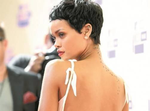 Rihanna hat ihre langen Locken gegen eine freche Kurzhaarfrisur eingetauscht. Foto: AP