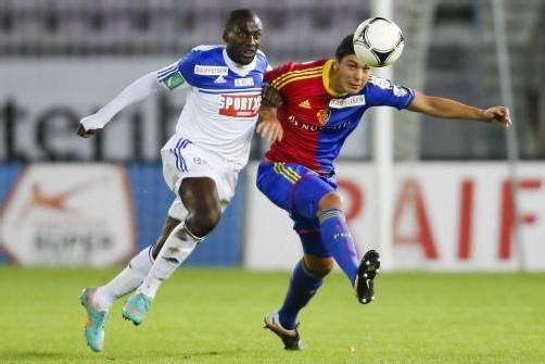 Spielt derzeit für Basel: Aleksandar Dragovic (rechts). Foto: reuters