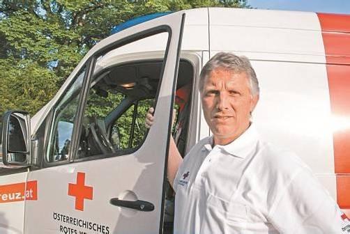 Steht an vielen Tagen und Nächten im Dienst für den Nächsten: Hans Peter Schwendinger. Foto: VN/Hagen