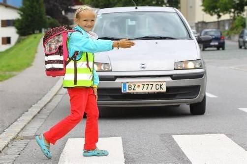 Steht im Mittelpunkt von Bemühungen: die Sicherheit am Schulweg der Schulkinder. Foto: VN/Hofmeister