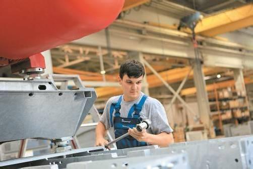 Stephan Immler (20) ist heuer mit der Lehre als Stahlbautechniker fertig geworden. Ab Februar besucht er die HTL. FOTOS: KLAUS HARTINGER