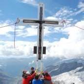 Großvenediger: Neuer Platz für Gipfelkreuz