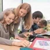 Berufsbild Lehrer: Wenig geachtet, aber lustvoll kritisiert