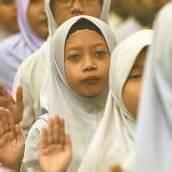 Schulkinder legen Eid in Kuala Lumpur ab