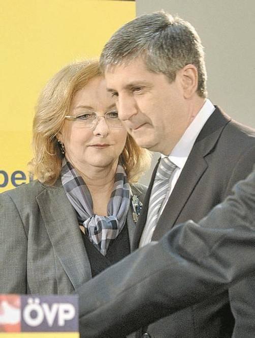 ÖVP-Chef Spindelegger mit Finanzministerin Fekter. Foto: APA