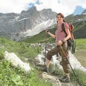 Markierungen als wichtige Orientierungshilfe im Gebirge