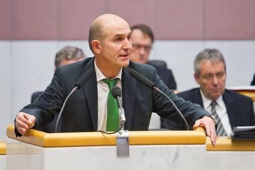 Albert Hofers Grundstücksgeschäft war das Thema im Landtag – es gab den erwarteten Schlagabtausch.