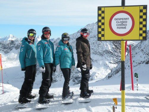 Am Gletscher wurde die SBX-Strecke für Alessandro und Michael Hämmerle, Susanne Moll und Markus Schairer für andere Wintersportler gesperrt. Privat