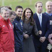 Königlicher Besuch im englischen Team