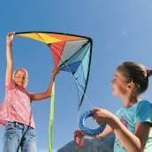 Wind-Spiel mit buntem Flugdrachen