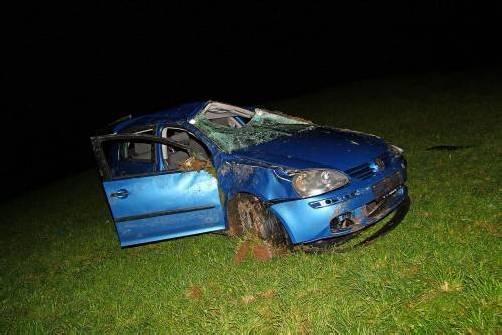 Der Wagen überschlug sich während des Absturzes mehrfach. Foto: vol.at/pletsch