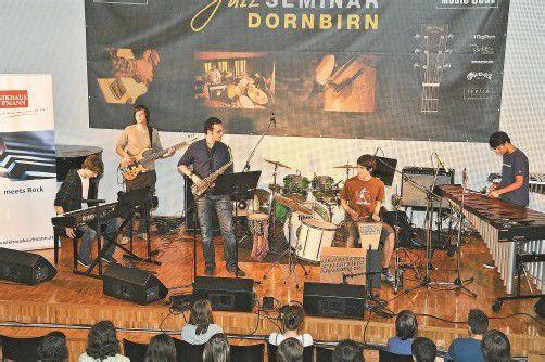 Die Band b-fuse ging als Sieger beim letzten Wettbewerb hervor, absolvierte einen erfolgreichen Auftritt in Wien und peilt eine Karriere an. Foto: MW