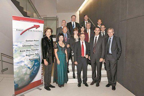 Die Ehrengäste mit Landeshauptmann Wallner und der Vorstand des Export Club Vorarlberg. Foto: D. Mathis