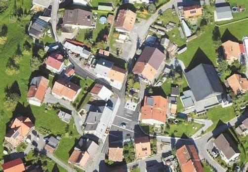 Die Ortsmitte in Kehlegg wurde neu gestaltet. Foto: L. Müller