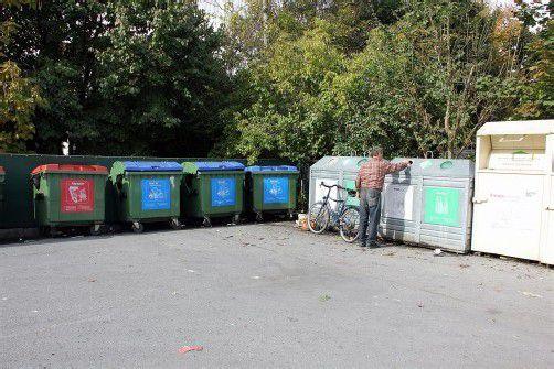 Die Sammelstellen werden in Lustenau sporadisch von Detekteien überwacht. Foto: VN/BEM
