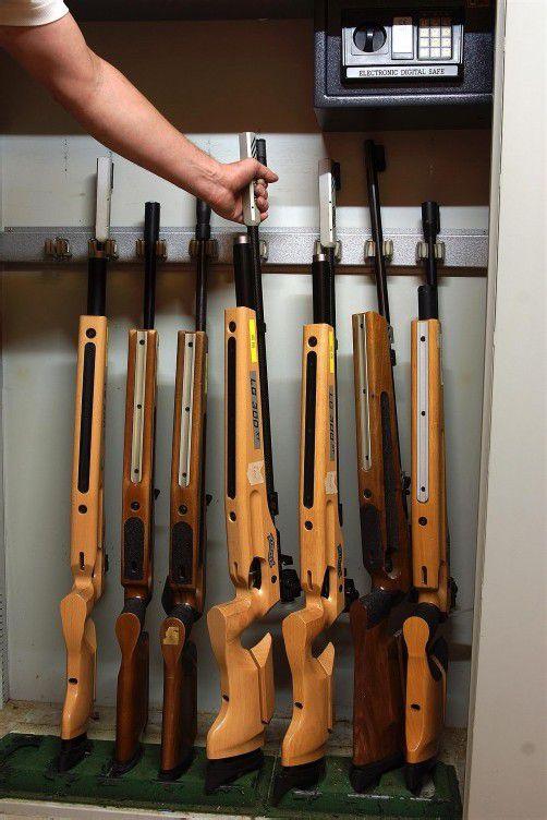 Die Schützen verwahren ihre Waffen in Tresoren. Foto: berchtold