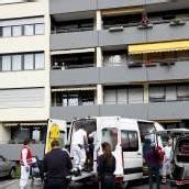 90-Jährige stürzt aus drittem Stock